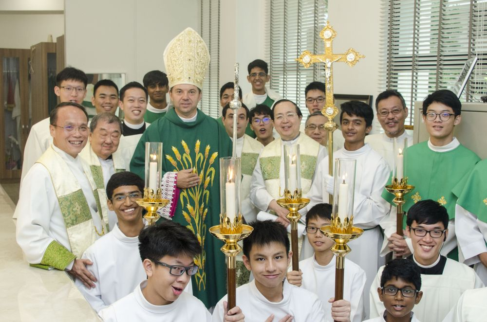 Church of St Anthony Servers with Nuncio
